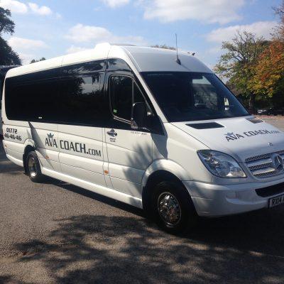 minibus RX14 AEA